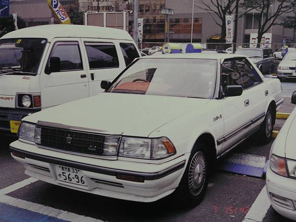 TOYOTA CROWN S130 3000 RoyalSaloon (1)