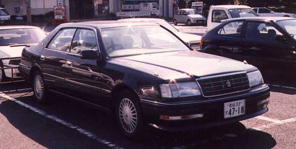 TOYOTA CROWN S150 RoyalSaloon (1)