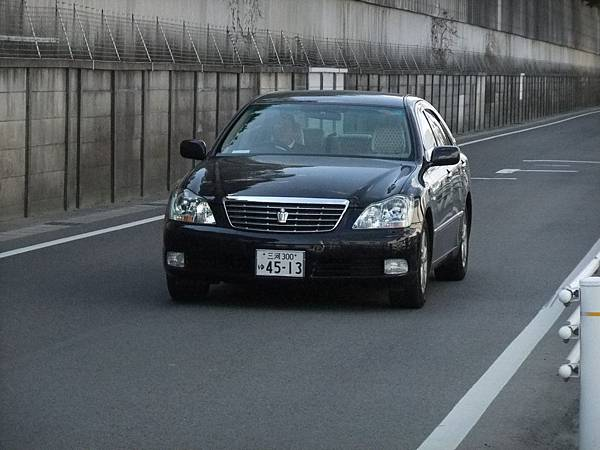 TOYOTA S180 CROWN (4)