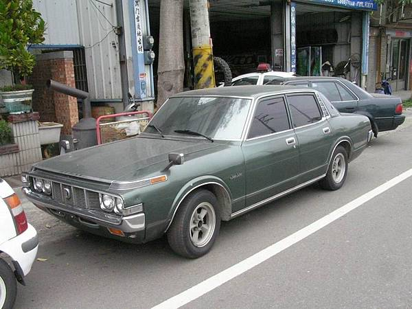 TOYOTA S60 CROWN SuperSaloon (1)
