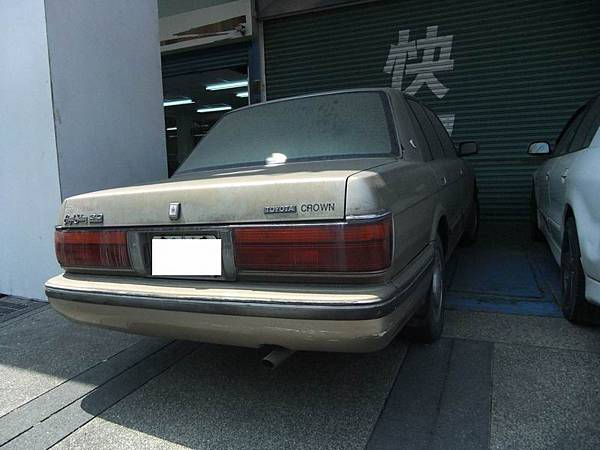 TOYOTA S130 CROWN 3.0 RoyalSaloon (11)