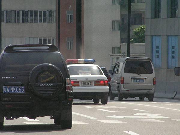 TOYOTA S155 CROWN Sedan RoyalSaloon 廣州警車 (i1)