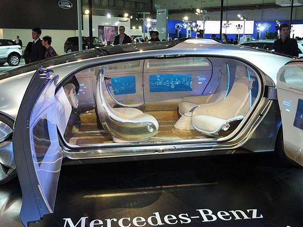 Mercedes-Benz 2015 臺北車展 (61).JPG