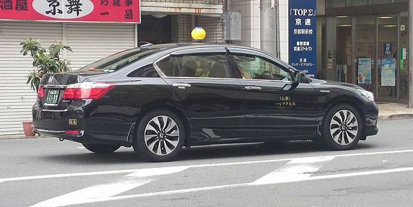 HONDA ACCORD IX Hybrid 計程車 by 節省黃 (2)