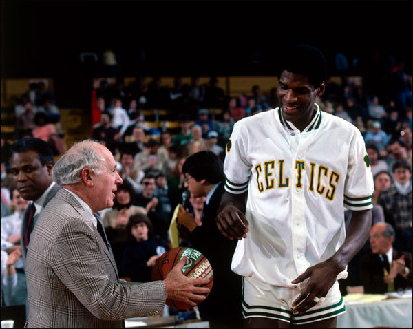 Red Auerbach, Robert Parish