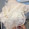 夢幻的復古蕾絲婚紗,製作中....