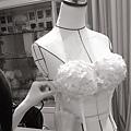 今天婚紗禮服課進度:蕾絲貼花