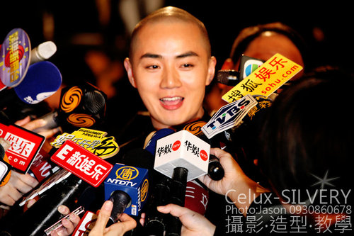 2009金馬獎最吸睛男女藝人-最佳新演員-余少群-吳富勇攝.jpg
