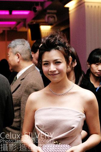 2009金馬獎最吸睛男女藝人-與會嘉賓-陳妍希-吳富勇攝.jpg