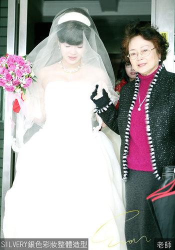新娘奕澐結婚造型1.jpg