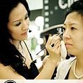 好萊塢的秘密彩妝教學記録(三)-眼睛提拉秘技1.jpg