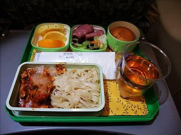 飛機餐之一~我選的麵