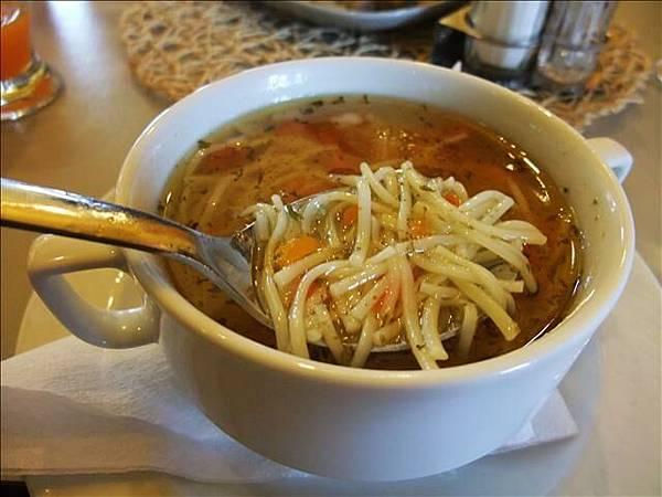 麵條湯~只有鹽巴的鹹味@@