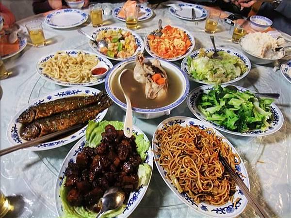 """今天午餐是""""中式料理""""~超懷念的啊"""