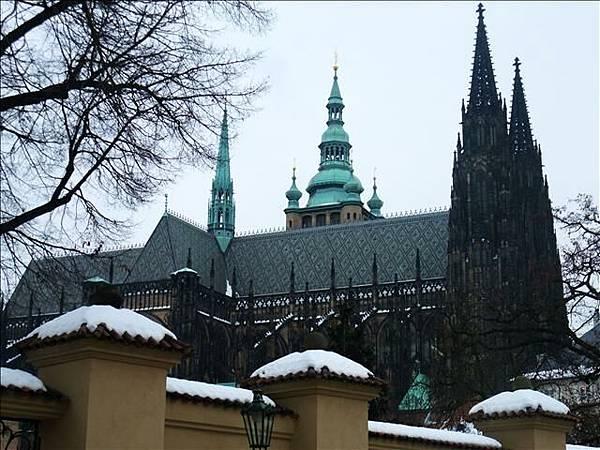 前往布拉格城堡