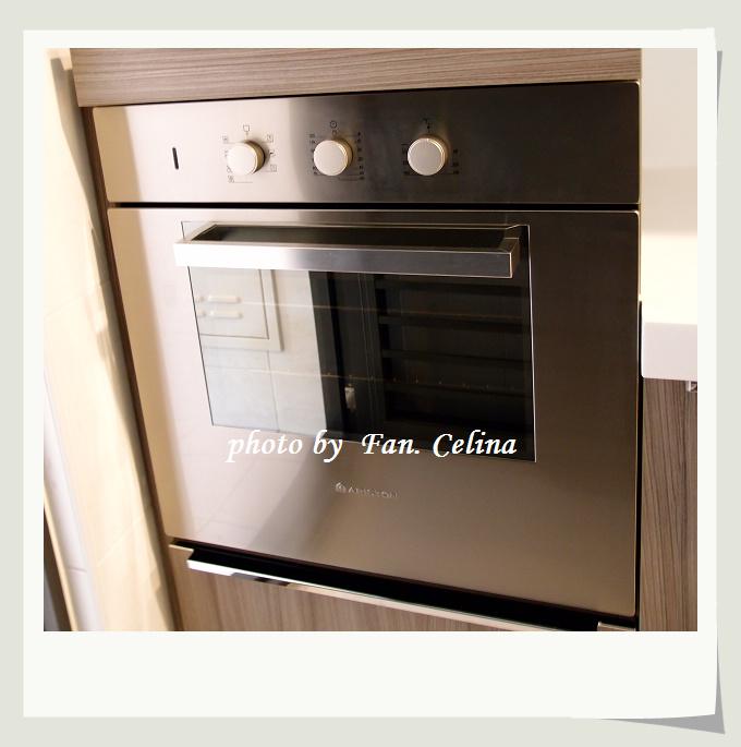 新家廚房烤箱ARISTON.jpg