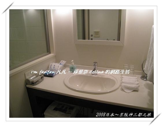 簡潔又美麗的洗手台
