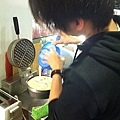 裕也第一次學習作鬆餅