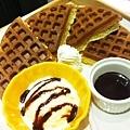 巧克力冰淇淋鬆餅