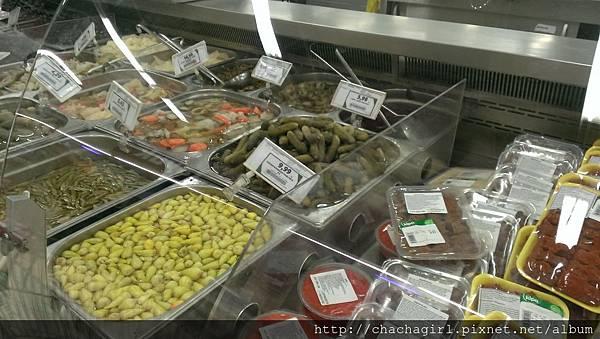 2015 06 17 AKOL HOTEL附近的超市 PIKE (3).jpg