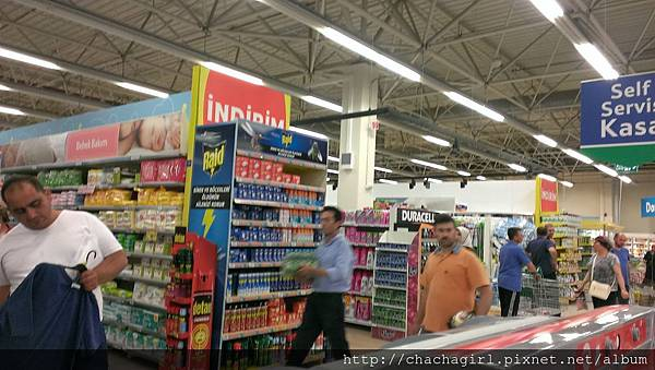 2015 06 17 AKOL HOTEL附近的超市 PIKE (5).jpg