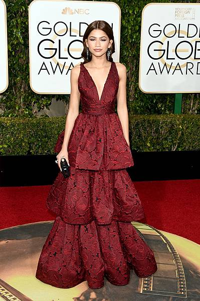 zendaya-golden-globes-2016-getty