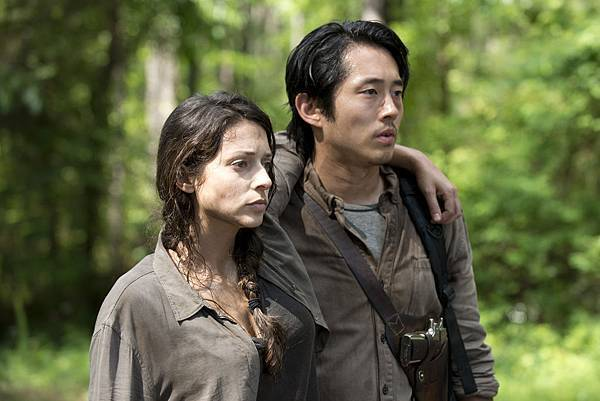Annie-and-Glenn-in-The-Walking-Dead-Season-6.