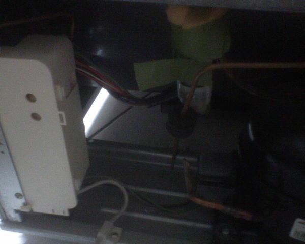 冰箱-背面