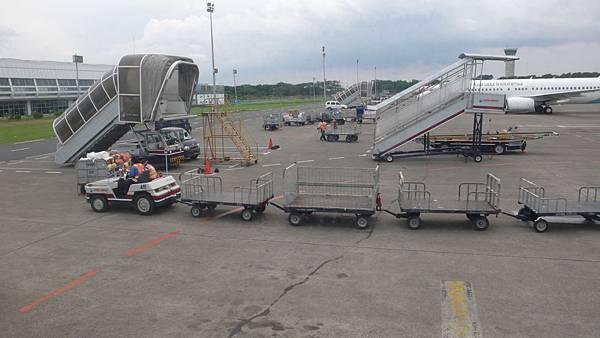 雅加達國內機場L1090436.JPG