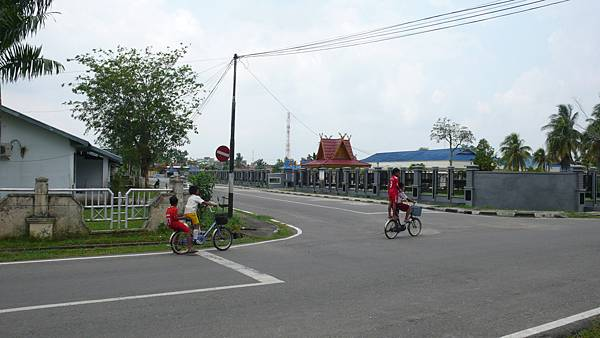 騰比拉漢街景