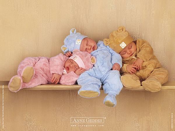 CUTE-SLEEPING-BABIES