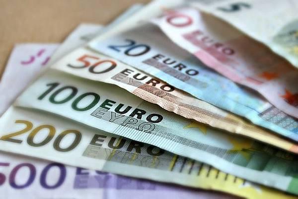 bank-note-209104_640.jpg