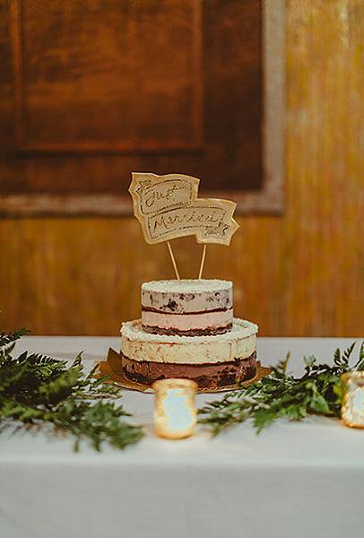 01-Non-Traditional-Cakes-Refresh-Amber-Gress.jpg