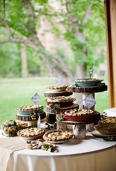 06-Non-Traditional-Cakes-Refresh-Angie-Wilson-Photography.jpg
