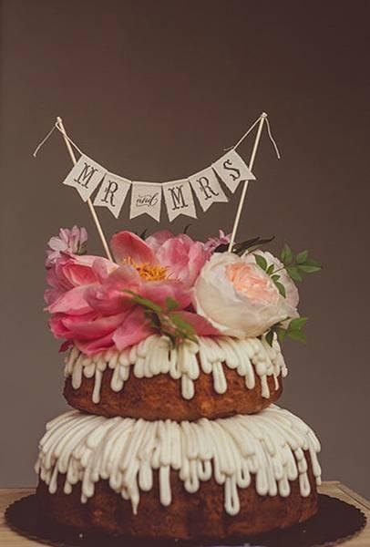 Nontraditional-Cakes-Amy-Zumwalt.jpg