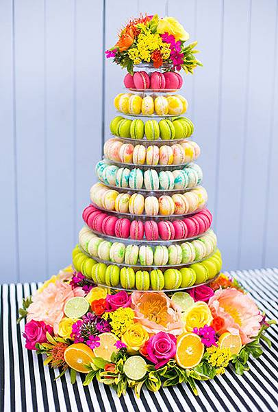 Nontraditional-Cakes-Anneli-Marinovich-Photography.jpg