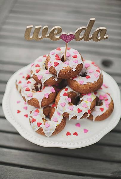 Nontraditional-Cakes-Erin-Hansen.jpg