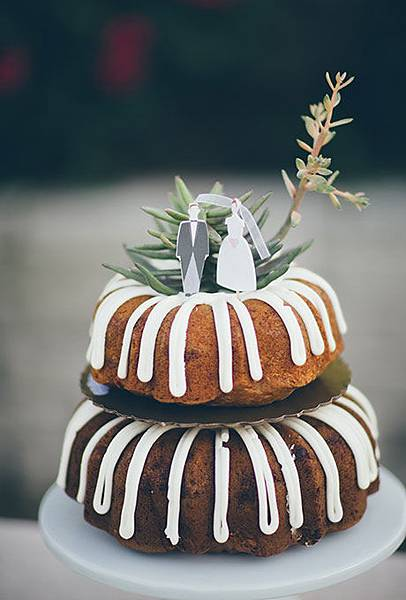 Nontraditional-Cakes-Jess-Barfield.jpg