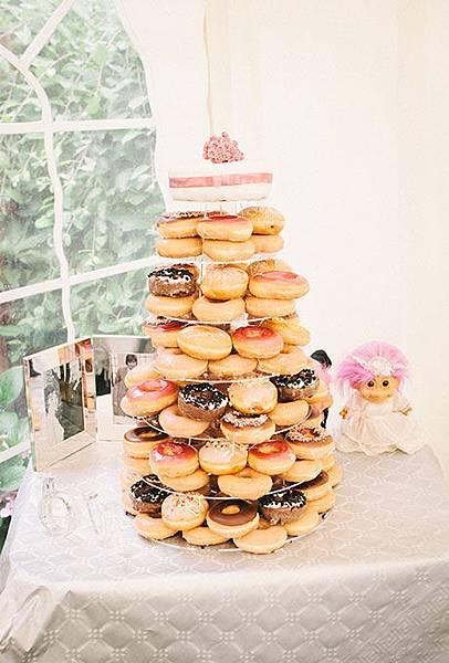 Nontraditional-Cakes-Kari-Bellamy.jpg