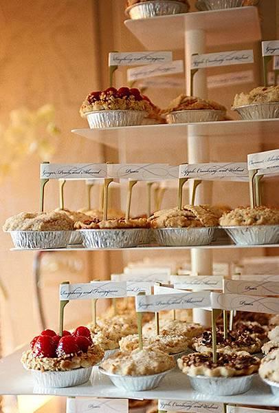 Nontraditional-Cakes-Liz-Banfield.jpg