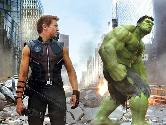 The-Avengers_J.RennerM.Ruffalo-as-HawkeyeHulk