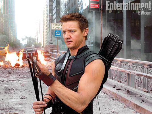 The-Avengers_J.Renner-as-Hawkeye-2