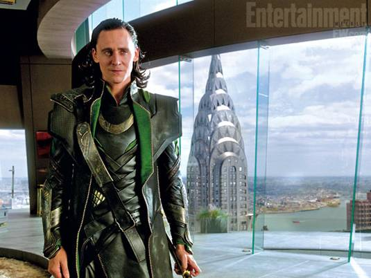 The-Avengers_T.Hiddleston-as-Loki-3