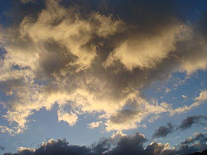 金黃色的雲.jpg