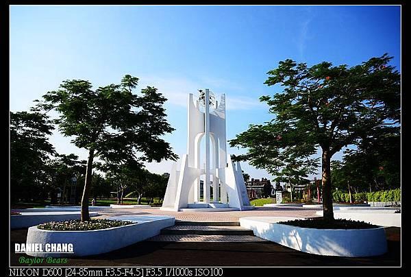 nEO_IMG_130811--Pavilion Dream D600 058-800.jpg