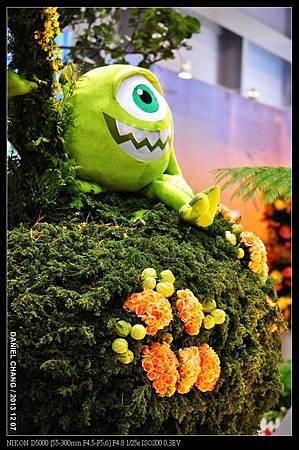 nEO_IMG_131207--Flora Art Work D5000 046-800.jpg