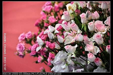 nEO_IMG_131207--Flora Art Work D5000 156-800.jpg