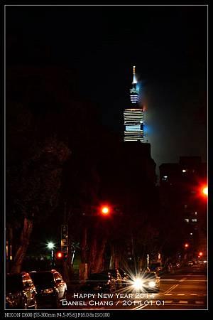 nEO_IMG_140101--Happy New Year Firework 058-800.jpg