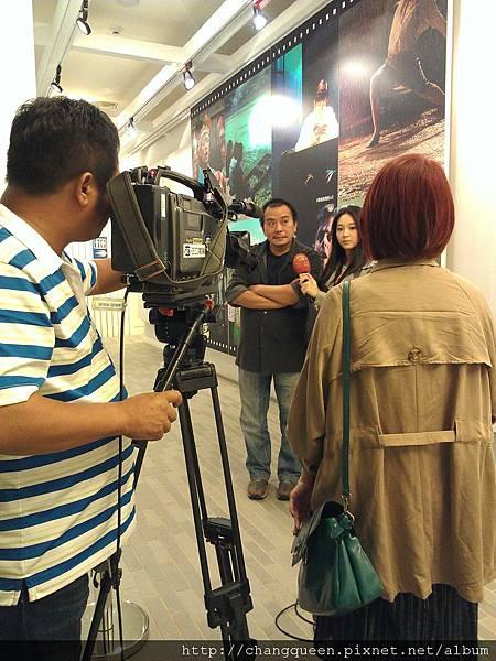 導演和馨儀接受三立新聞採訪4