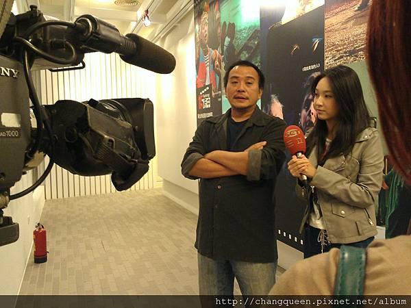 導演和馨儀接受三立新聞採訪9